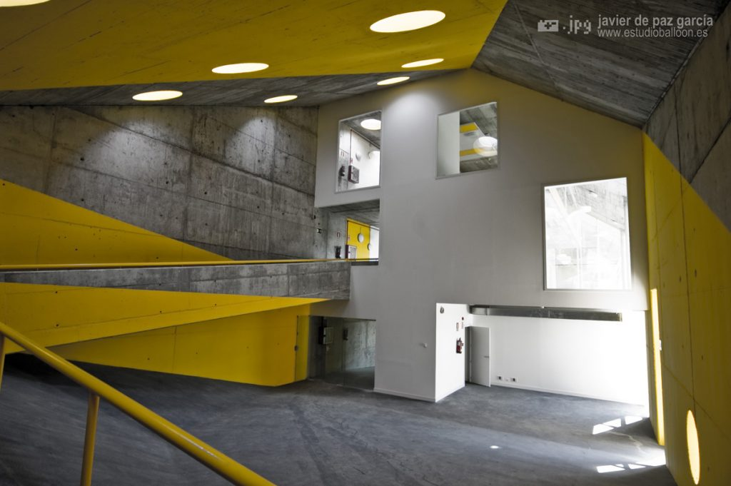NURSERY SCHOOL + PUBLIC SPACE · RIVAS